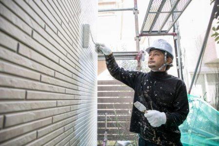 外壁塗装・外壁リフォームは耐用年数を考慮して定期的に実行する
