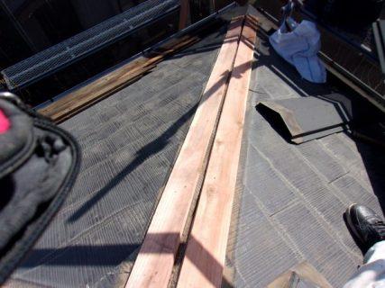 練馬区で屋根の棟板金交換とファインパーフェクトベスト塗装